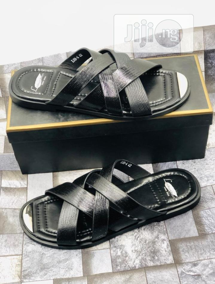 Archive: Original Quality and Beautiful Men Designers Shoe