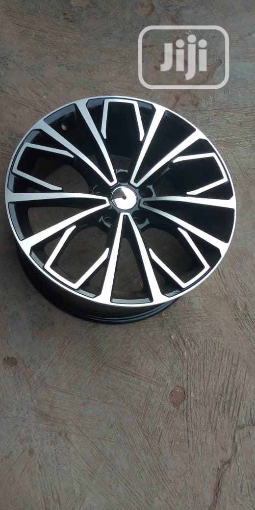 Lexus 350 19rm