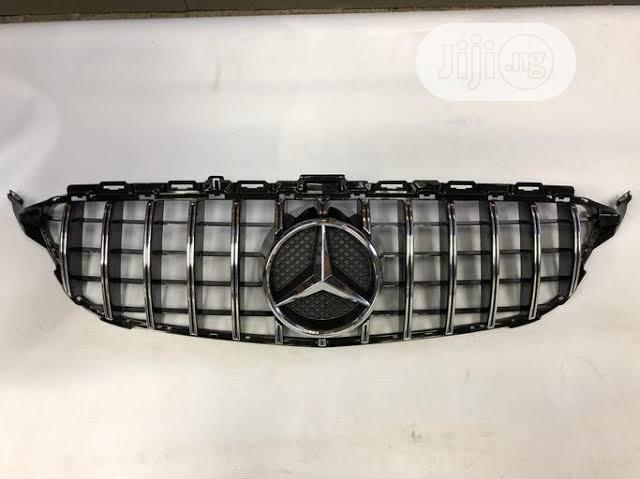 Mercedes Benz Latest AMG Grille | Vehicle Parts & Accessories for sale in Surulere, Lagos State, Nigeria