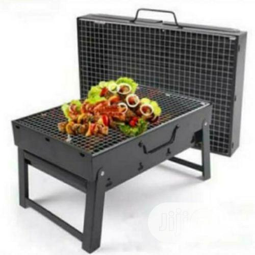 Barbeque Charcoal Grill