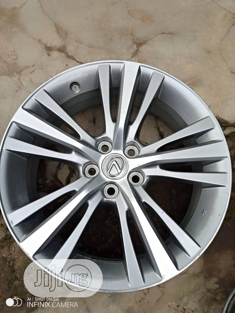 Rx350 /Rx230 Alloy Rims | Vehicle Parts & Accessories for sale in Mushin, Lagos State, Nigeria
