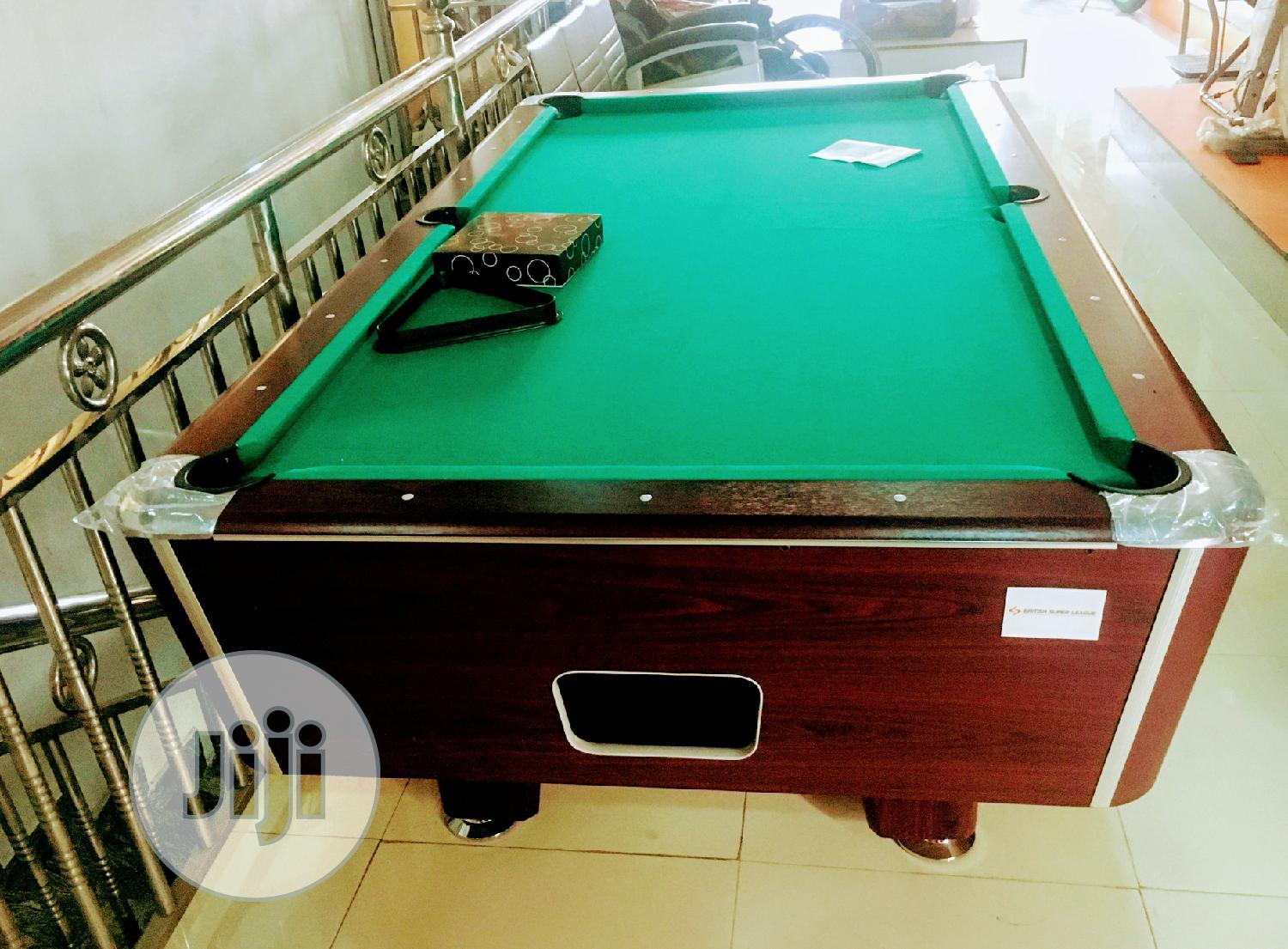 Marble Coin Operated Brown Snooker