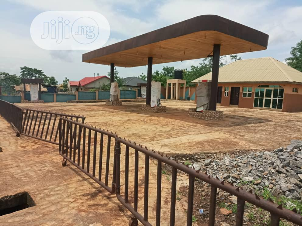 Archive: Completed Filling Station Off Akala Exp