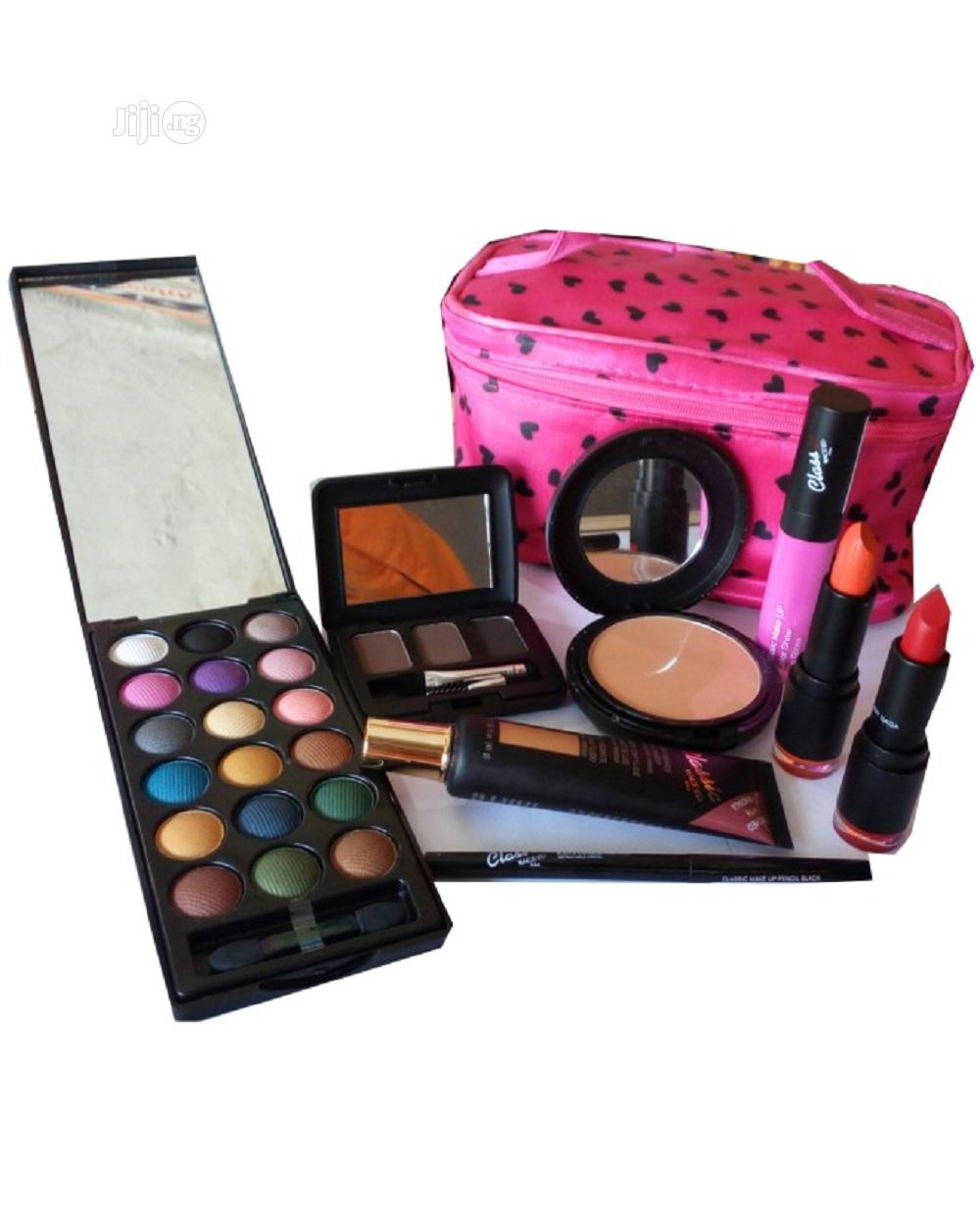 Archive: Makeup Complete Kit With Free Makeup Bag