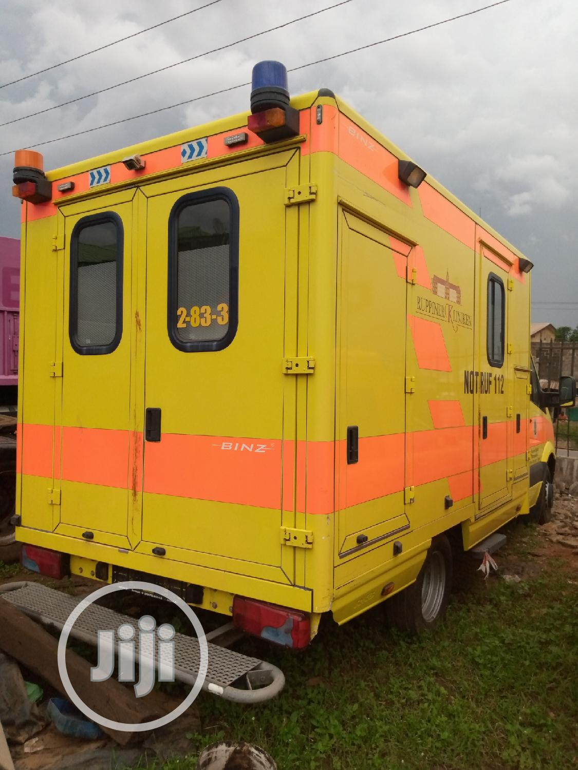 Ambulance Mercedes Benz Bus | Buses & Microbuses for sale in Alimosho, Lagos State, Nigeria