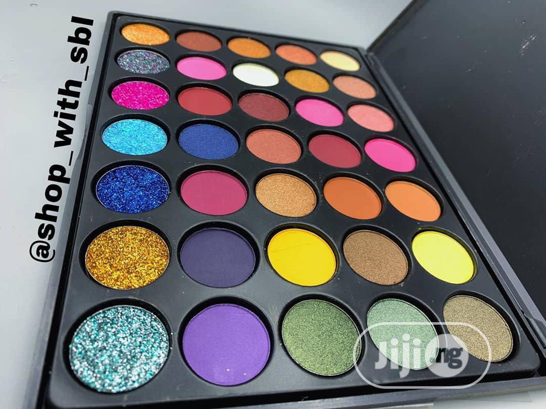 Royale Makeup Eyeshadow Palette -Multi-Colored | Makeup for sale in Amuwo-Odofin, Lagos State, Nigeria
