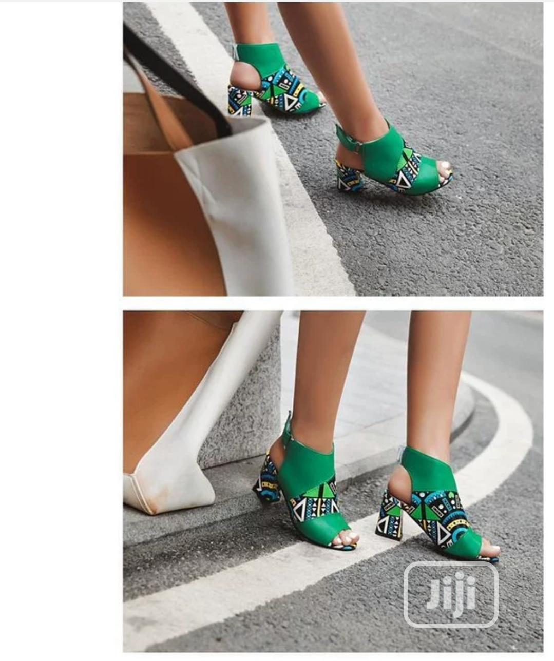 2020 Summer New Word Buckle High Heels Thick Heel Fashion | Shoes for sale in Ikeja, Lagos State, Nigeria