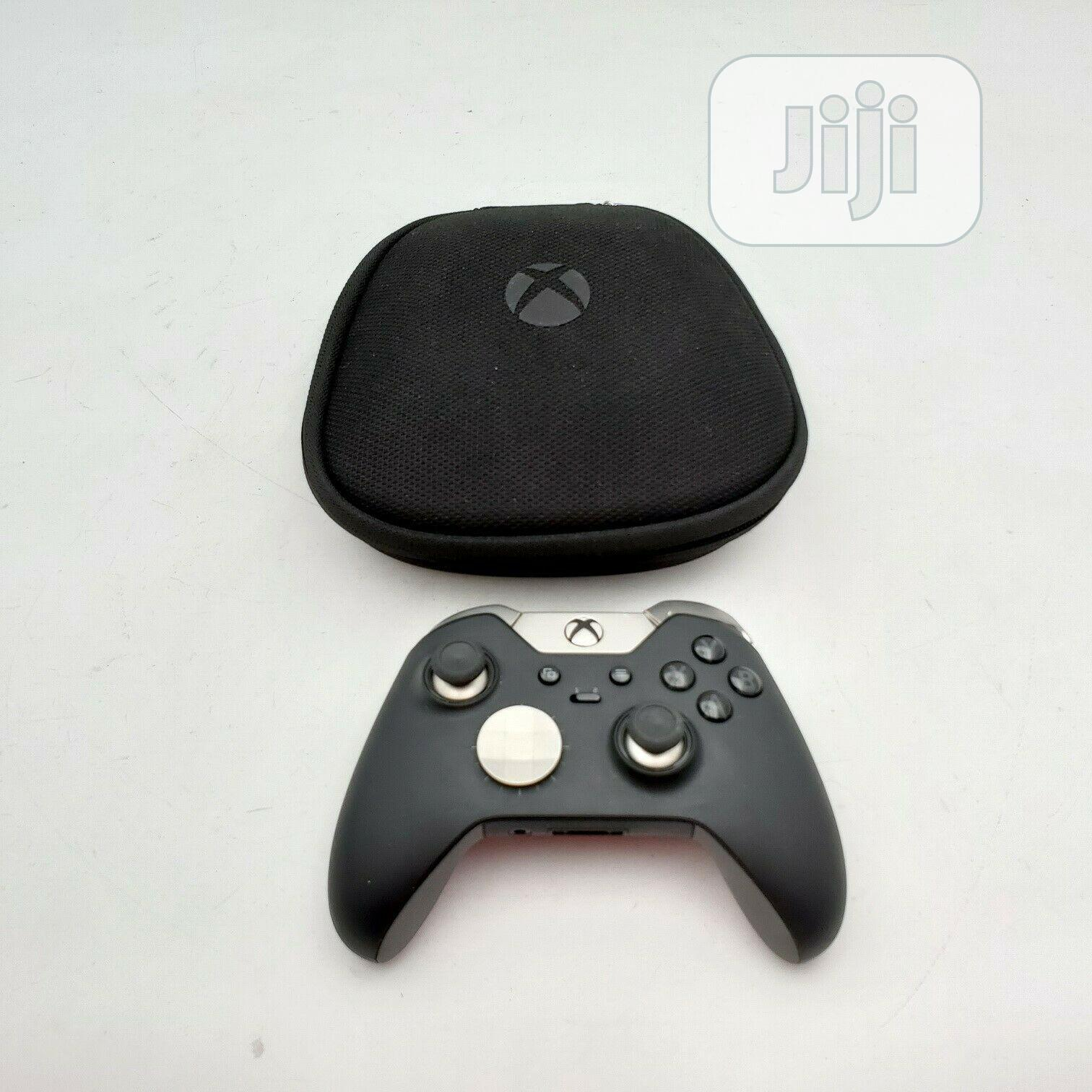 Xbox One Elite Wireless Controller Series 1 - Excellent | Accessories & Supplies for Electronics for sale in Magodo, Lagos State, Nigeria