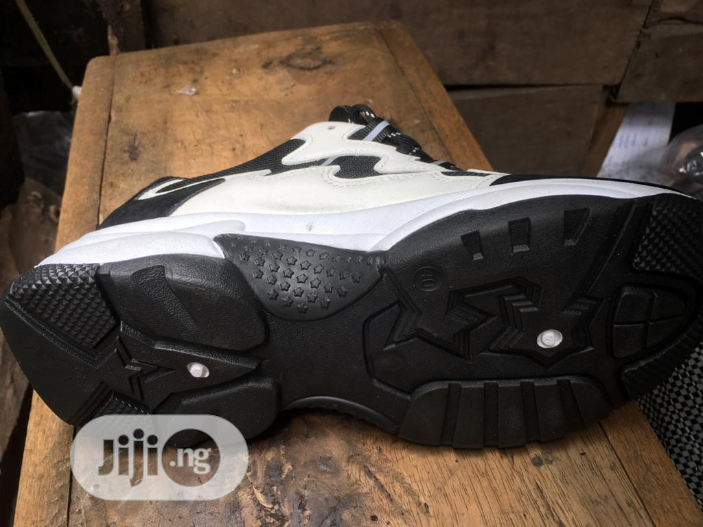 American Sports Fashion Sneakers