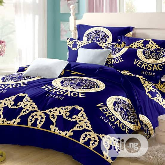 Bedspread With Duvet and Pillow Cases