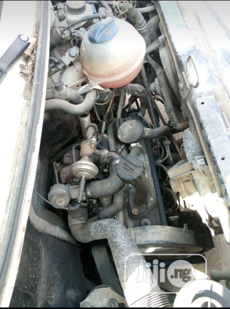Tokunbo Volkswagen T4 2000 White | Buses & Microbuses for sale in Apapa, Lagos State, Nigeria
