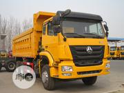 Howo Sinotruck 2019 Yellow | Trucks & Trailers for sale in Lagos State, Ibeju