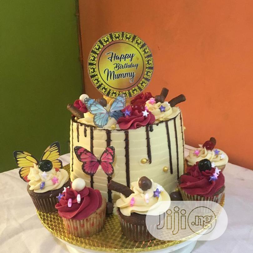 Birthday Cake by Oluwaseun Events