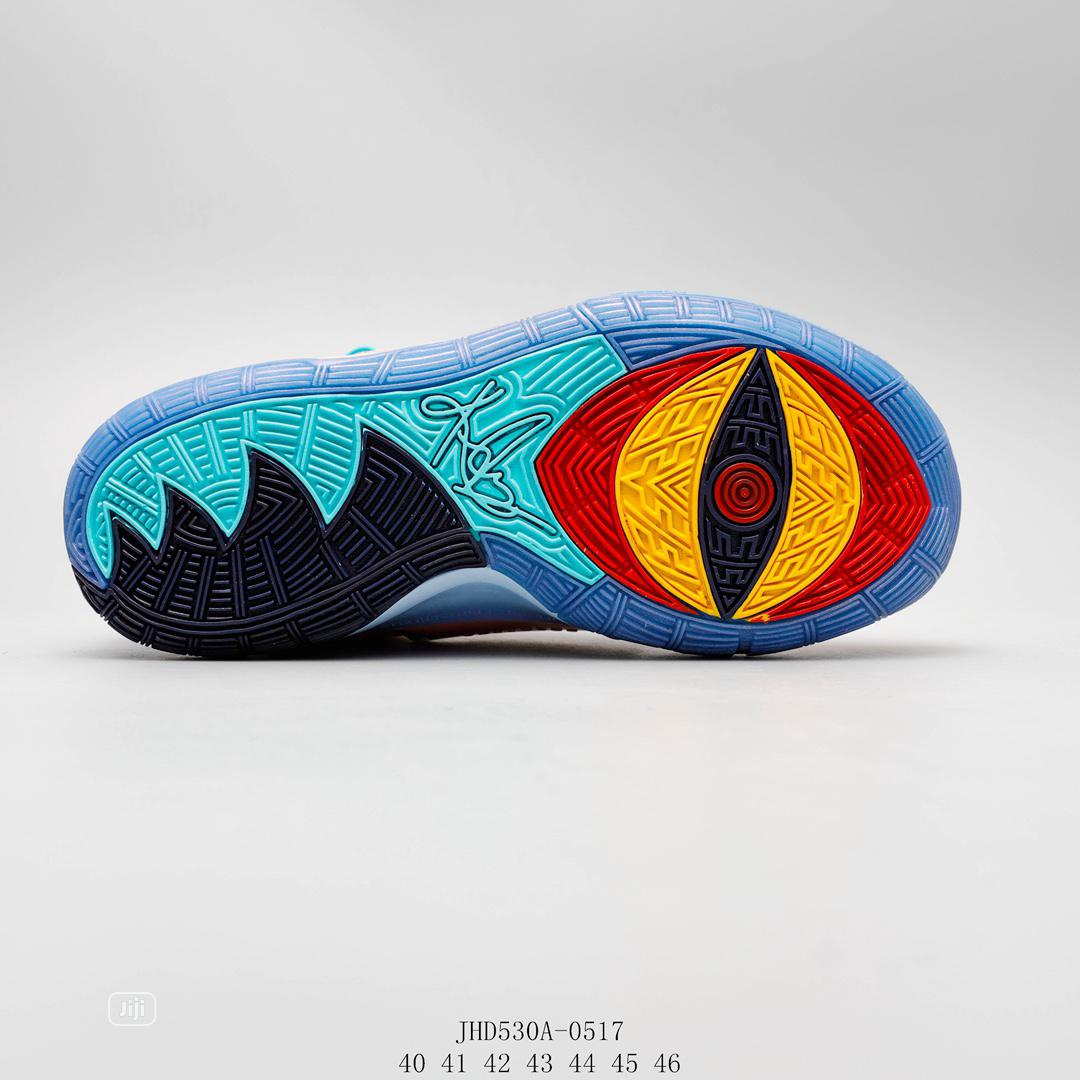Archive: Nike Kyrie 6 Basketball Shoes