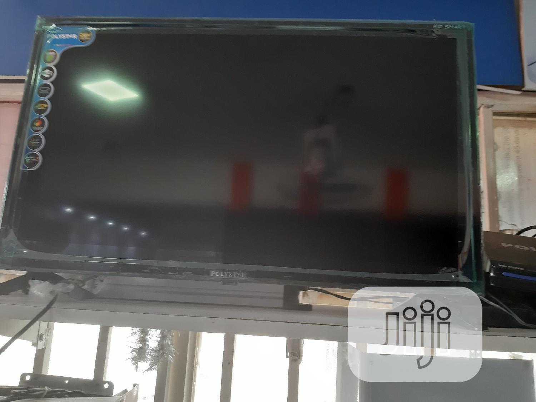 """Polystar 32""""Smart Television"""
