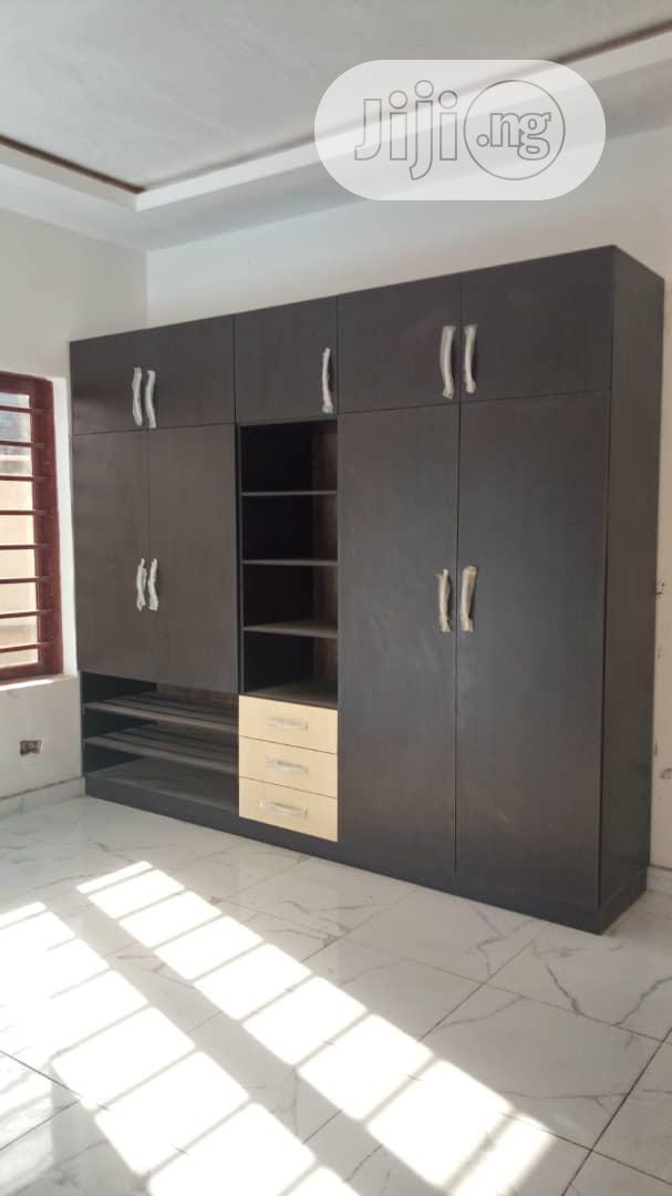 Archive: 5 Bedroom Duplex In Magodo Phase 2 Gra