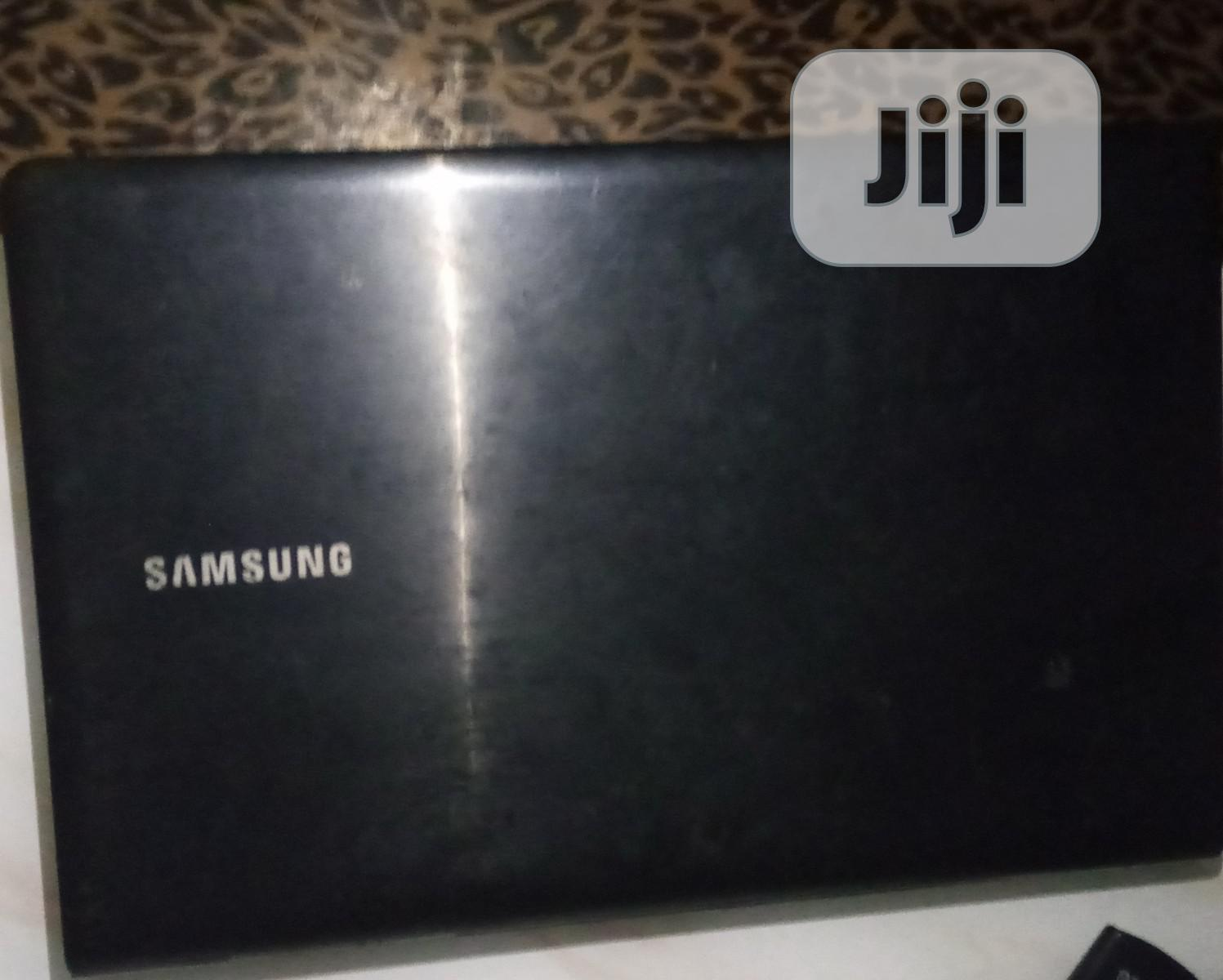 Archive: Laptop Samsung Ativ Smart PC 16GB AMD 16 GB