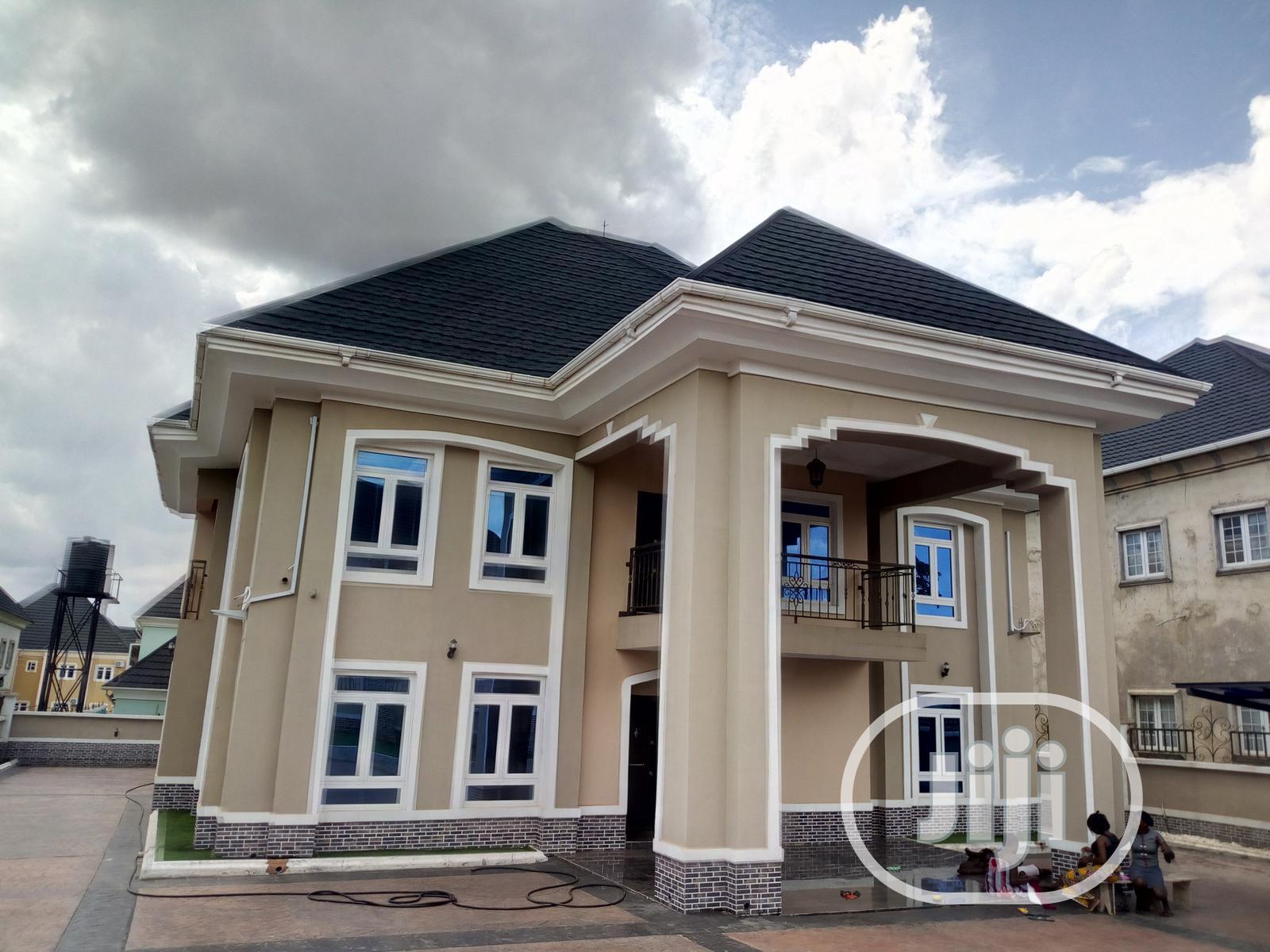 Tastefully Built Duplex For Sale In Ngozika Estate