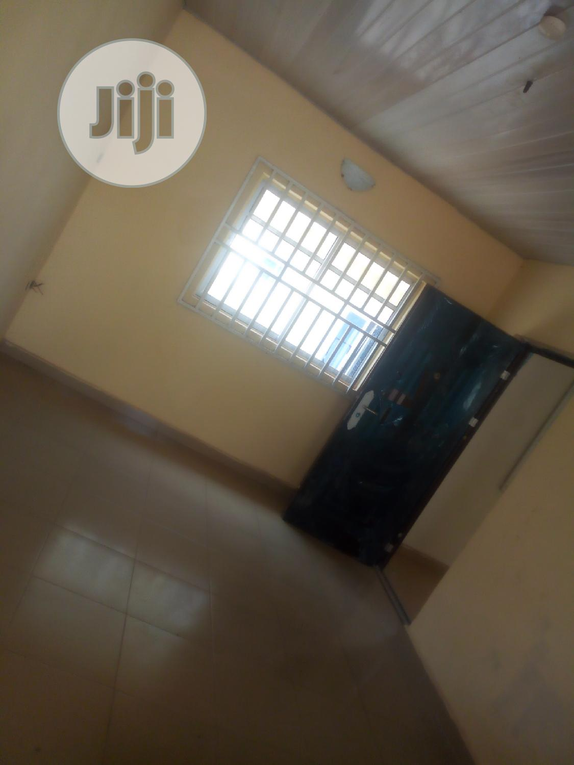 Newly Built 1bedroom Flat | Houses & Apartments For Rent for sale in Enugu, Enugu State, Nigeria