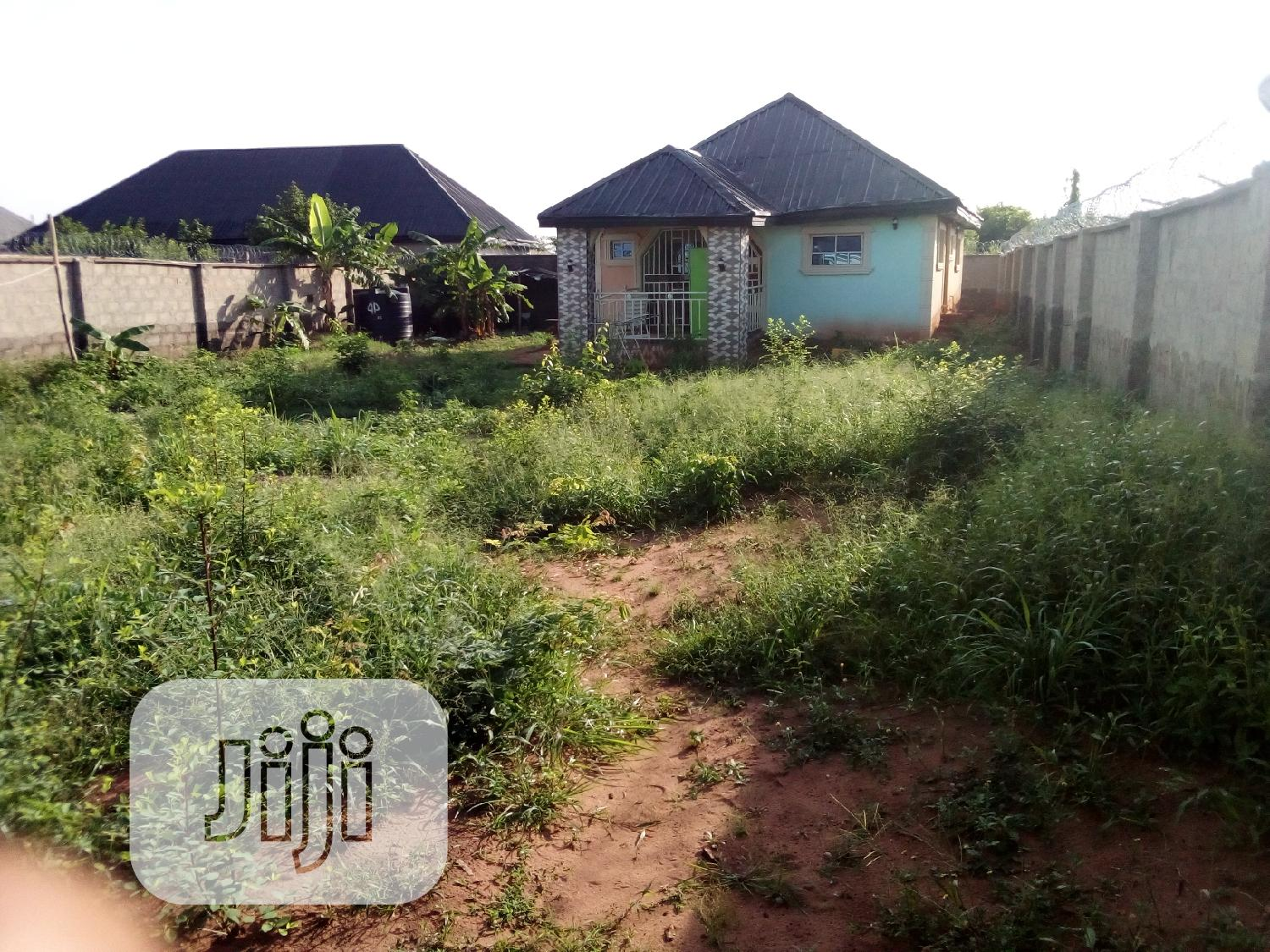 Survey Plan and Deed of Conveyance   Houses & Apartments For Sale for sale in Oshimili South, Delta State, Nigeria