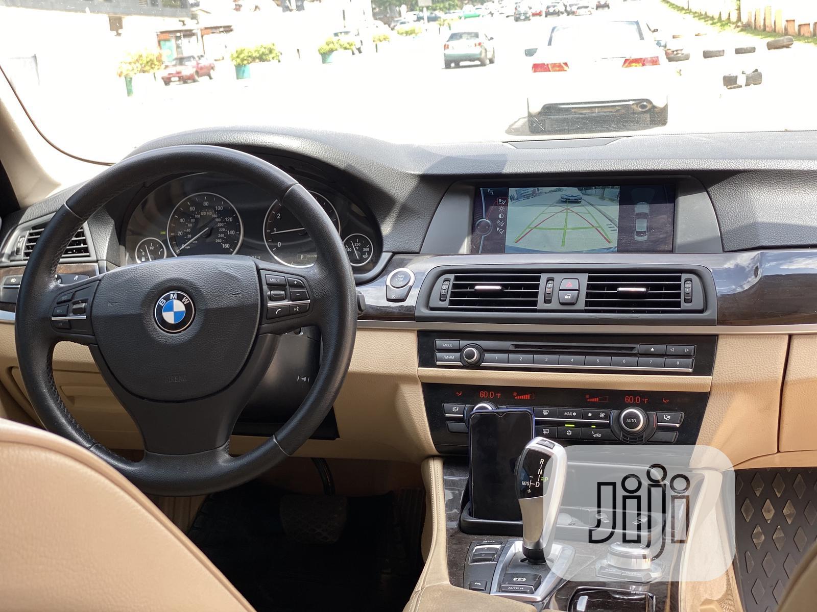 Archive: BMW 328i 2012 Black