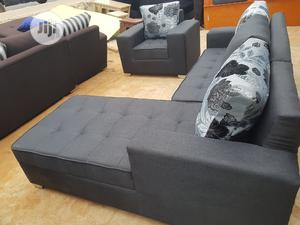 5 Seaters L Shape With Single   Furniture for sale in Lagos State, Gbagada