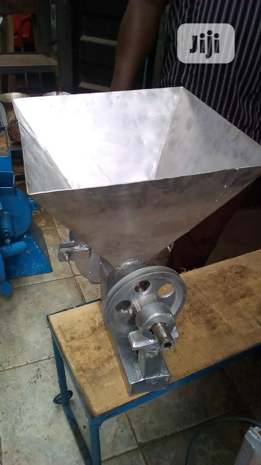 Complete Set Of Electric Grinding Motor 5hp With Stainless Mill. | Manufacturing Equipment for sale in Ojo, Lagos State, Nigeria