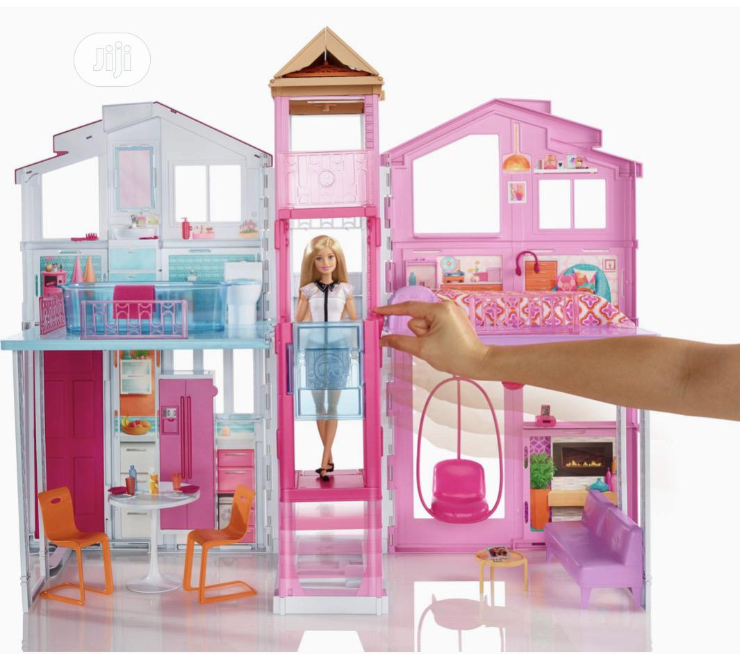 Barbie Three Story House With Pop-up Umbrella