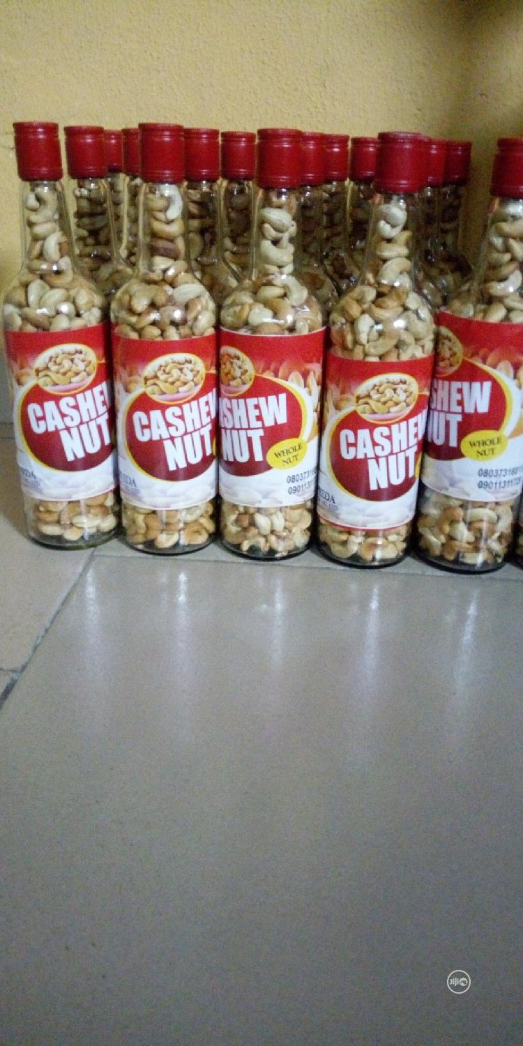 A Whole Cashew Nuts