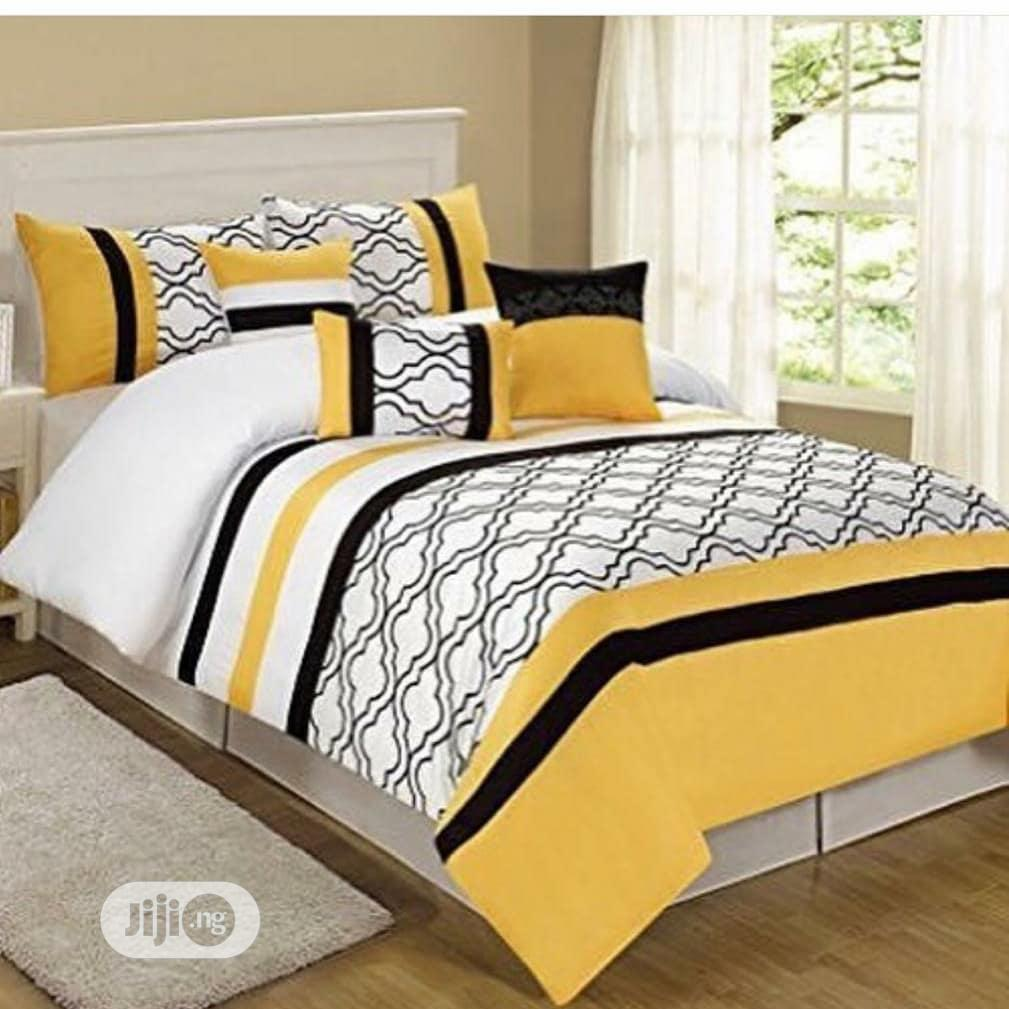 Beddings (Duvet ,1 Bedsheet and 4 Pillowcases