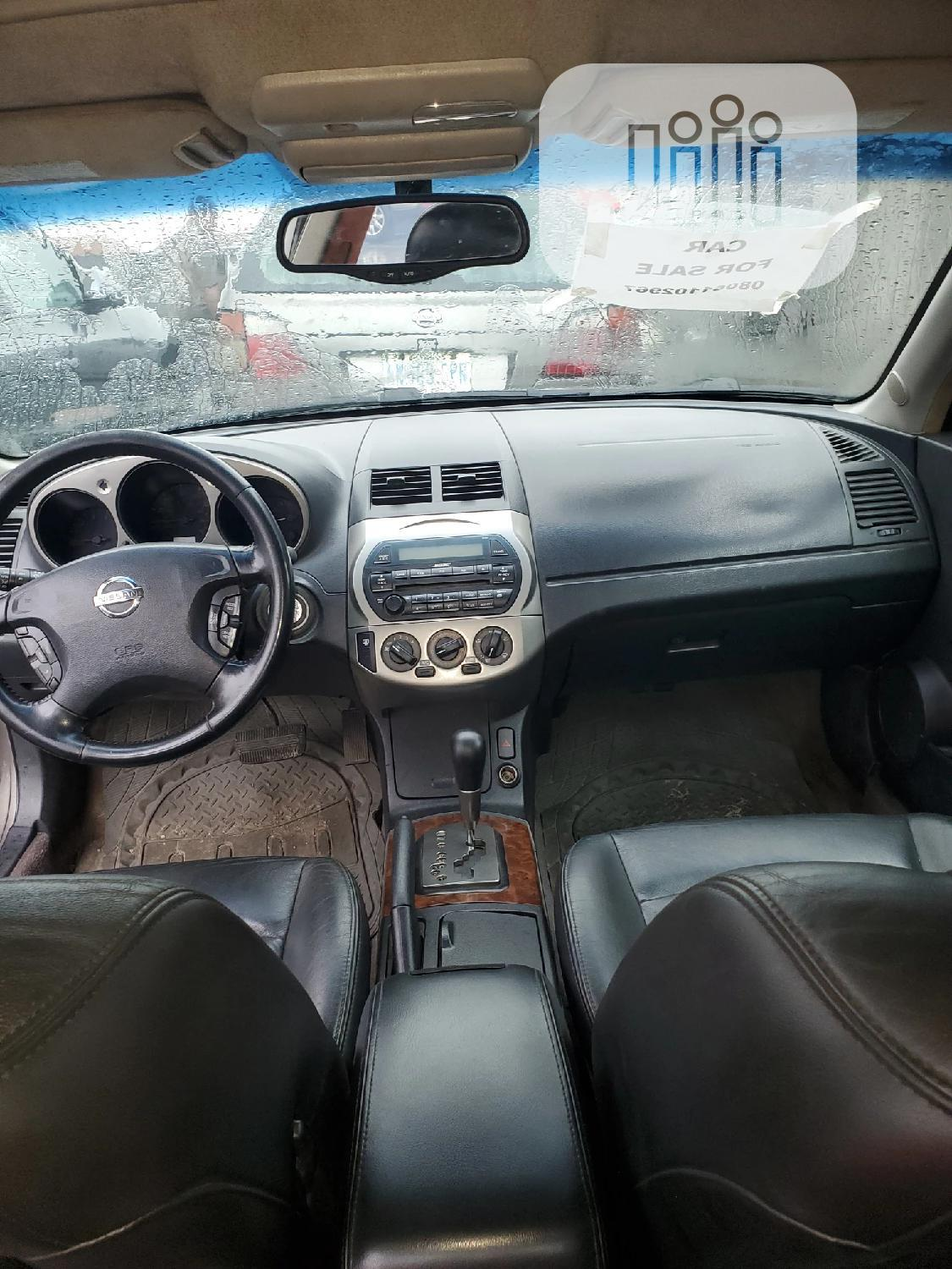 Archive: Nissan Altima 2003 Automatic Gold
