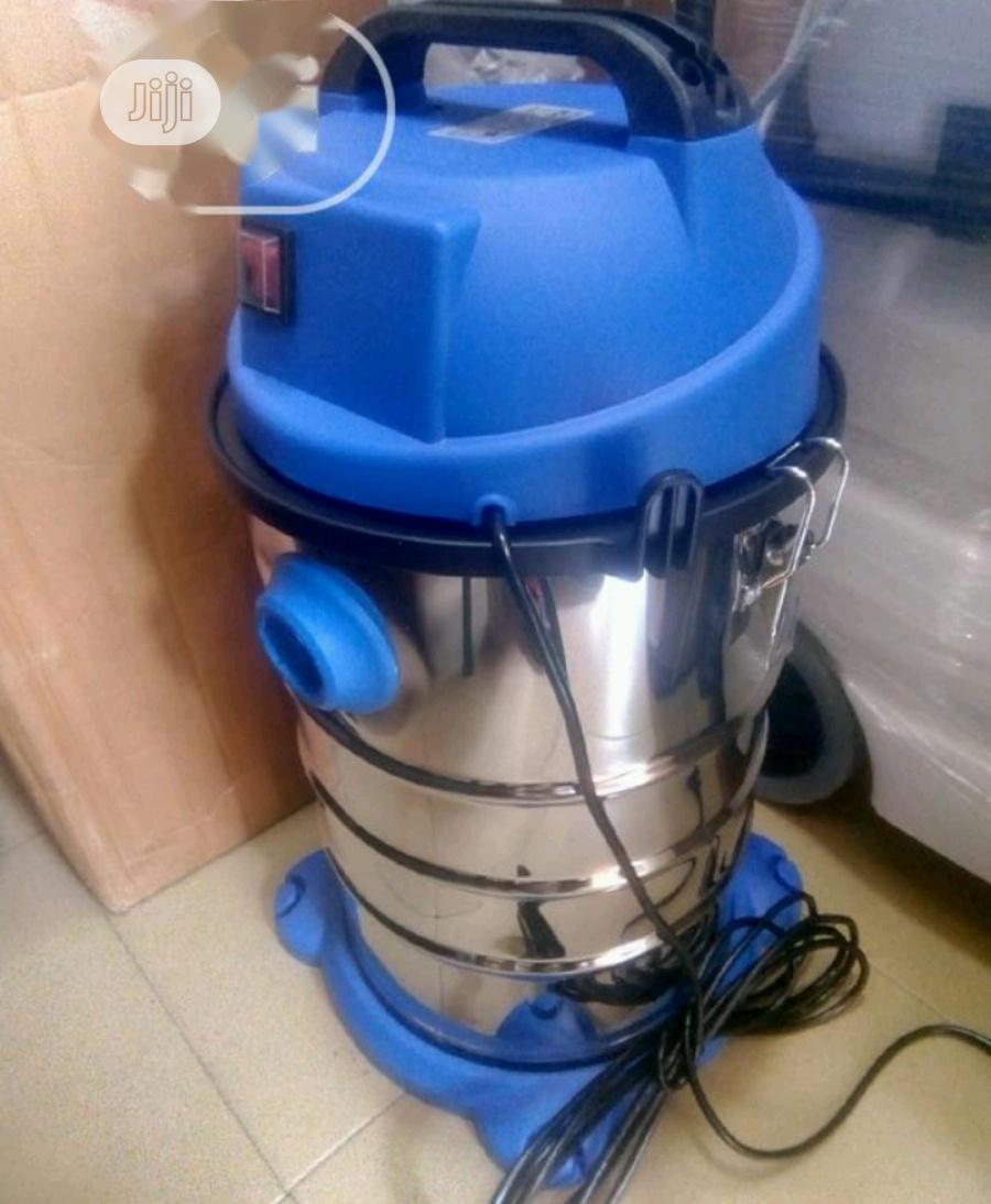 30L Vacuum Cleaner