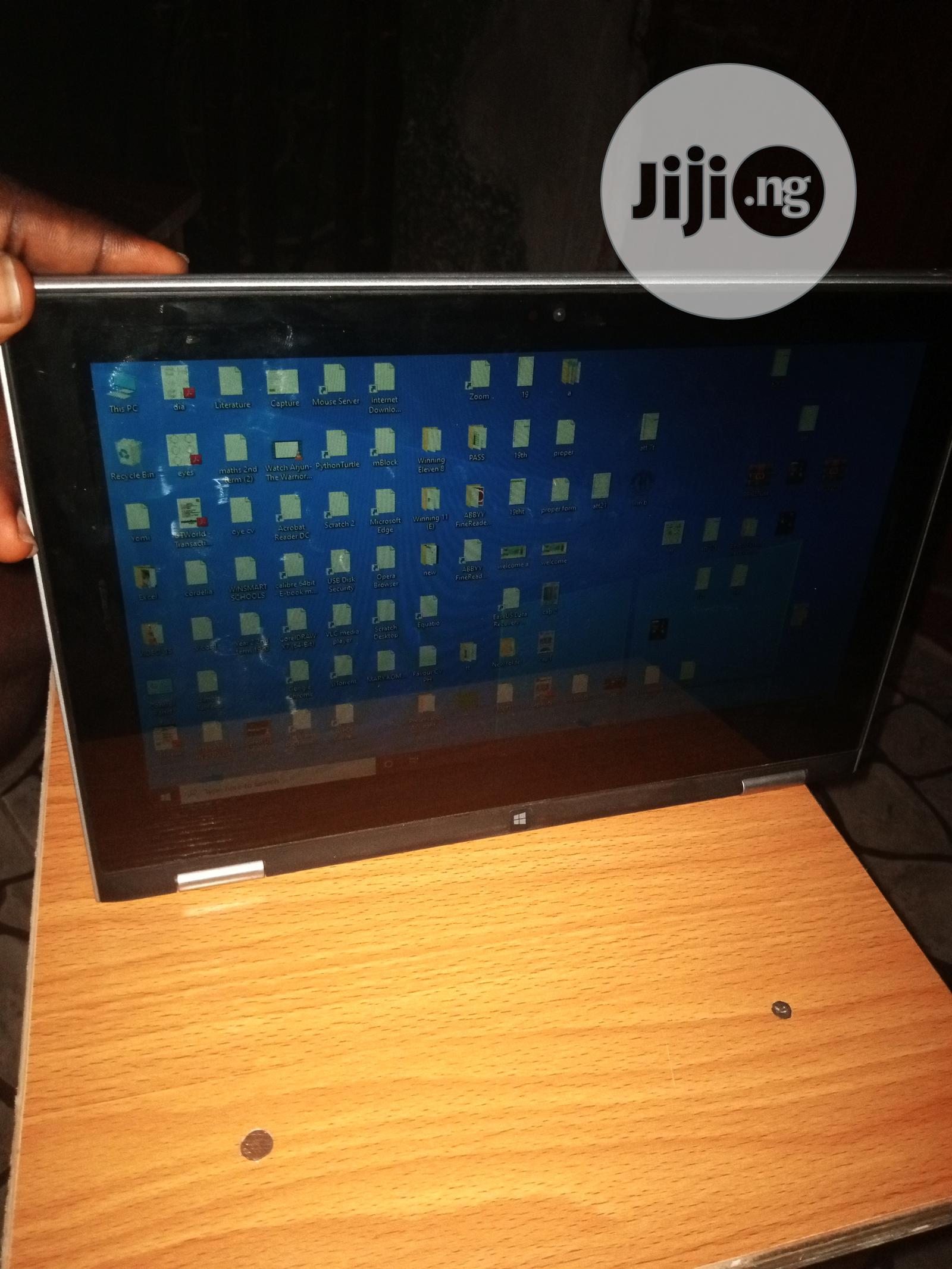 Archive: Laptop Dell Inspiron 11 3000 4GB Intel Celeron HDD 320GB