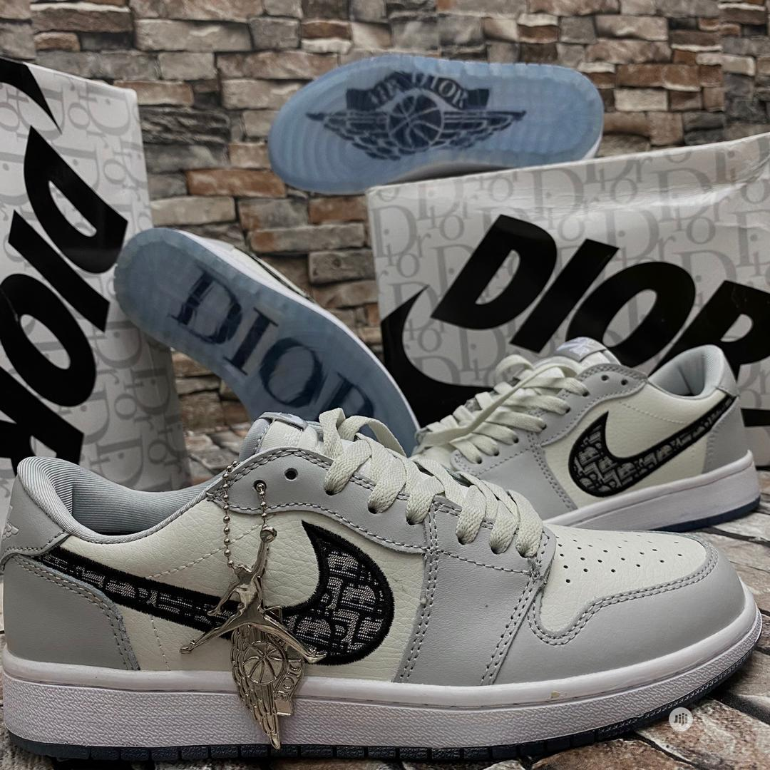 Top Quality Jordan Dior Designer Sneakers | Shoes for sale in Magodo, Lagos State, Nigeria