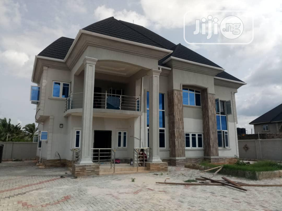 Brand New Tastefully Finished 4-bedroom Duplex Situate Off Sapele Road