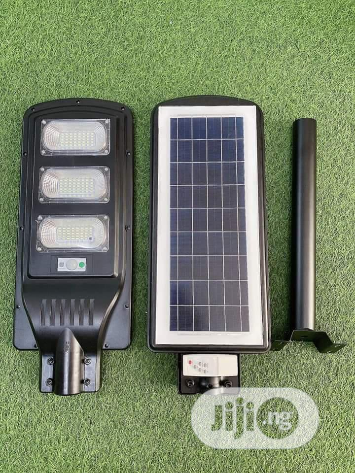 All In One Soler Street Light With Sensors Control 90w