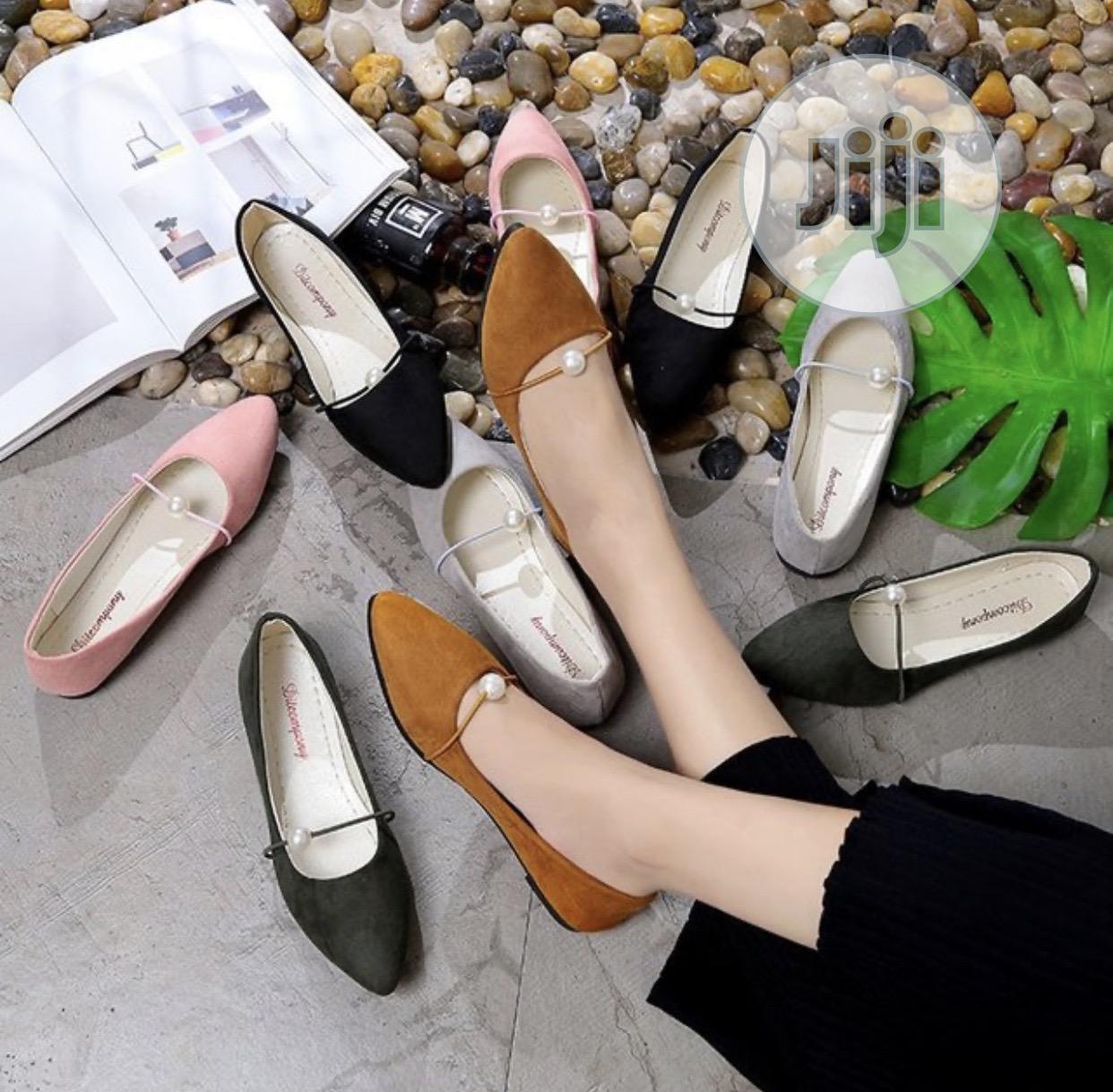 Archive: Ladies Flats Shoes