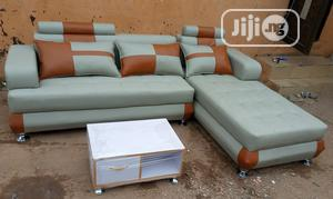 L-Shaped Sofa Chair With Centre Table. Quality Leather Couch | Furniture for sale in Lagos State, Oshodi