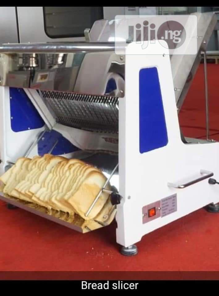 Industrial Bread Slicing Machine