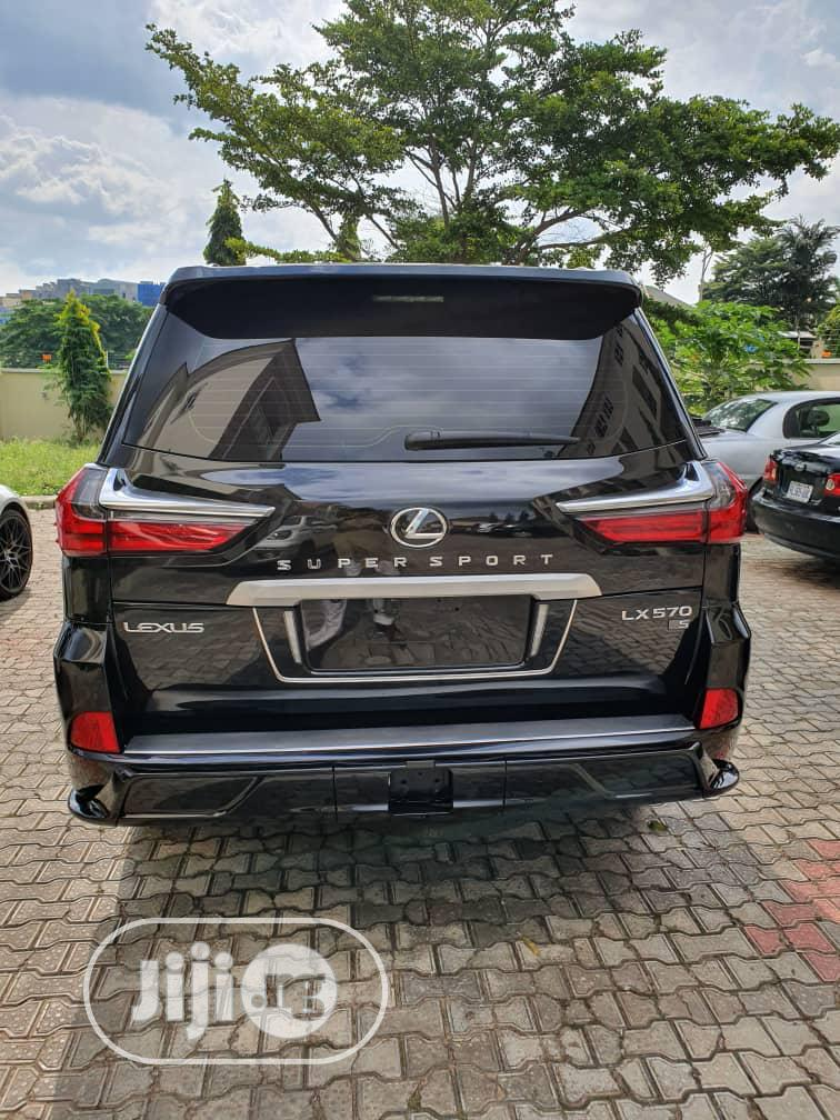 Archive: New Lexus LX 570 2019 Three-Row Black