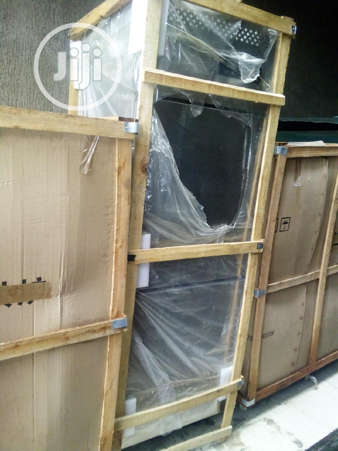 Industrial Standing 2 Doors Up And Down Fridge And Freezer
