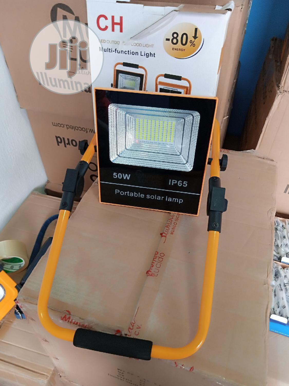 50w Portable Solar Flood Light With USB