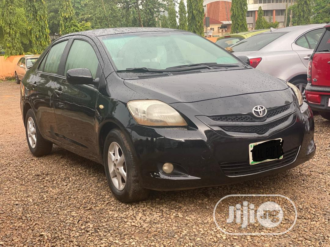 Toyota Yaris 2007 Sedan Automatic Black | Cars for sale in Central Business Dis, Abuja (FCT) State, Nigeria