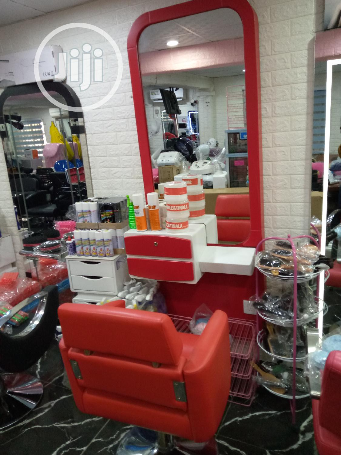 Archive: Good Aquality Salon Chair And Mirro