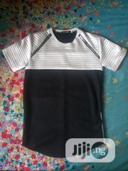 Men's Round Hem Black & White T-shirt | Clothing for sale in Delta State, Oshimili South