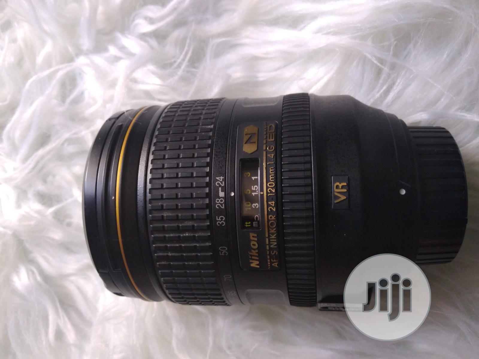 Archive: USED Nikon Af-s Nikkor 24-120mm F/4g Ed VR Zoom Lens