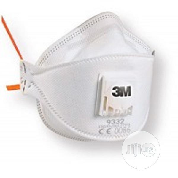 3M Aura Particulate Respirator, FFP3, Valved, 9332+