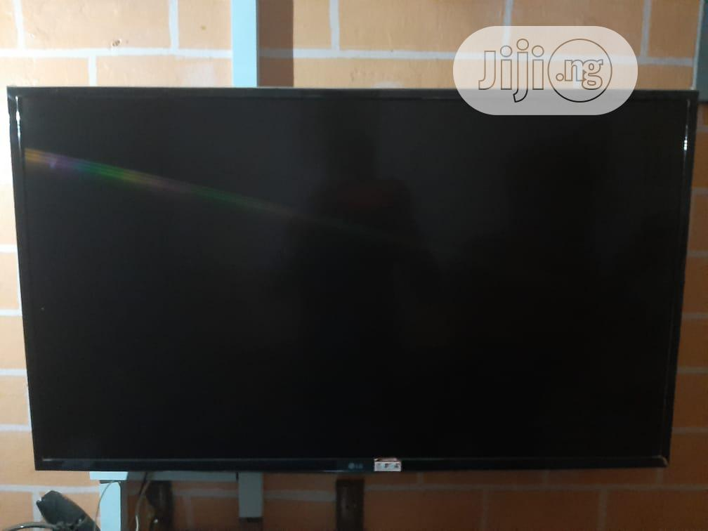 LG LED TV Lh51, 43 Inches | TV & DVD Equipment for sale in Lagos Island, Lagos State, Nigeria