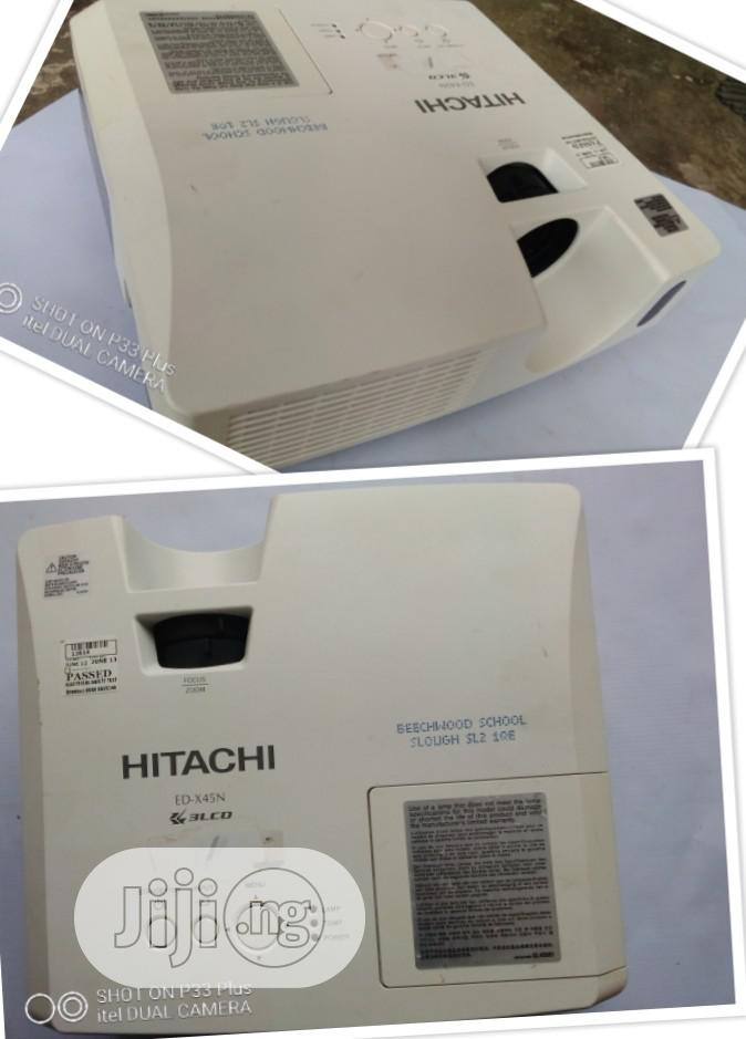 Great Hitachi Projector