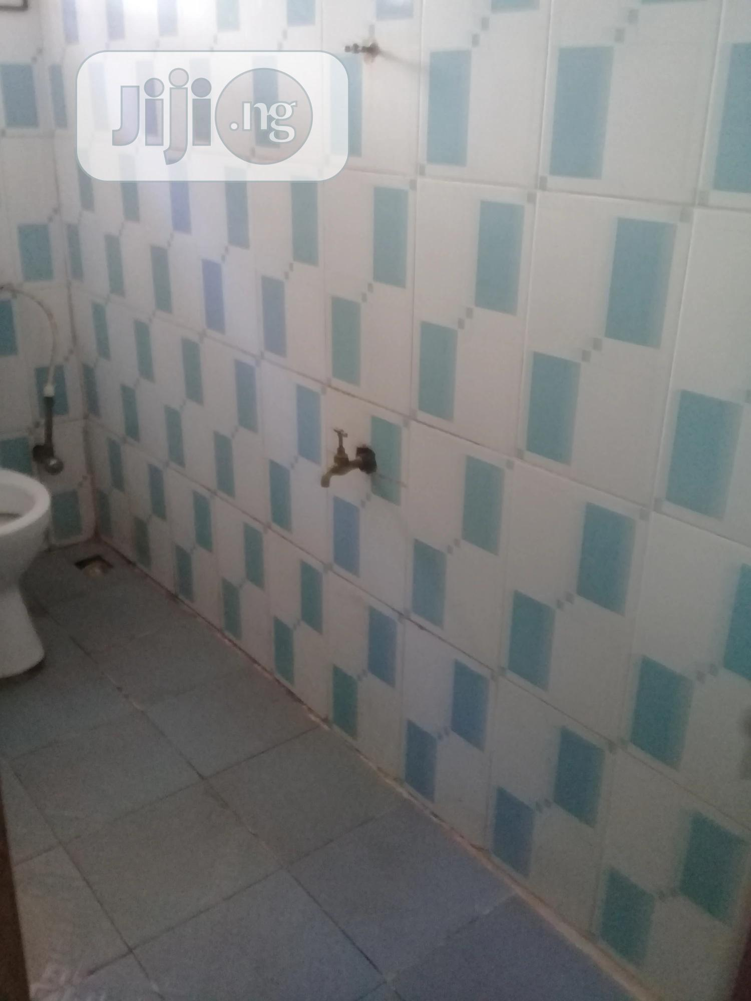 2 Bed Room Apartment   Houses & Apartments For Rent for sale in Benin City, Edo State, Nigeria